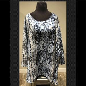 Catherines printed Blue Tunic Sz 5X New w/Tag